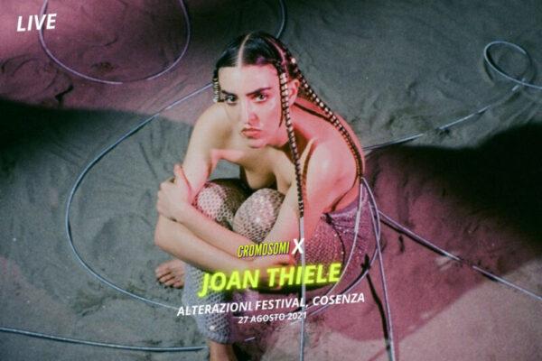 L'opera teatrale di Joan Thiele riempie il palco di Alterazioni Festival